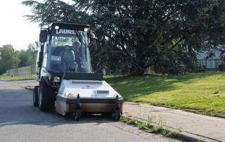 Service de désherbage avec Laurenty Espaces-verts