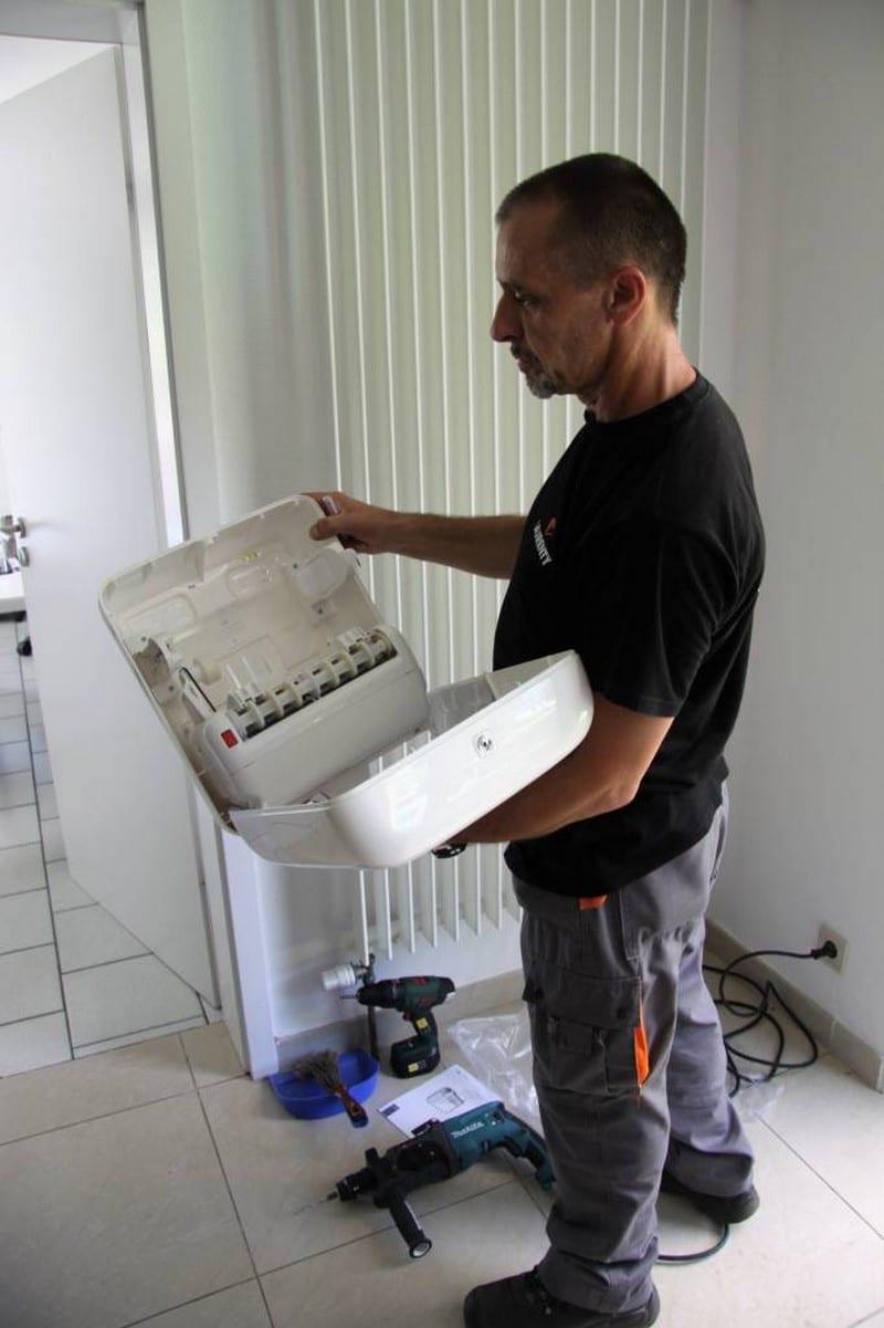 Travaux de petite maintenance - Laurenty