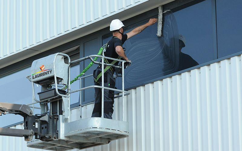 Service lavage de vitres - Laurenty Nettoyage