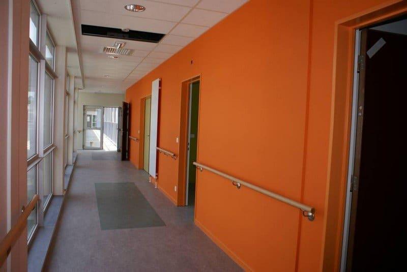 Travaux de peinture d'un bâtiment - Laurenty Group